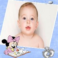 minnie-baby-estudando-moldura-azul