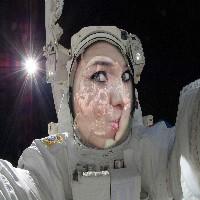 foto-montagem-astronauta-autoretrato