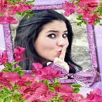 moldura-flores-cor-de-rosa-com-laco-lilas