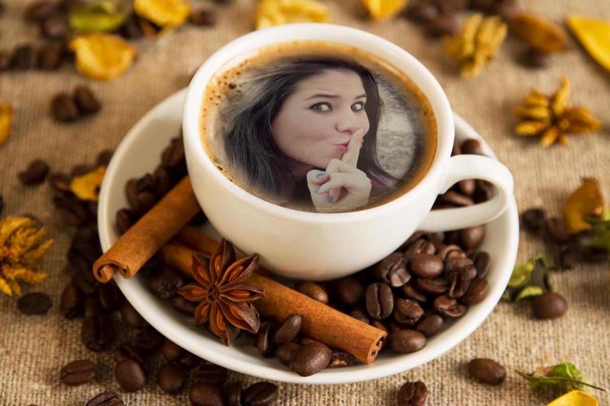 moldura-para-colocar-sua-foto-em-uma-xicara-de-cafe
