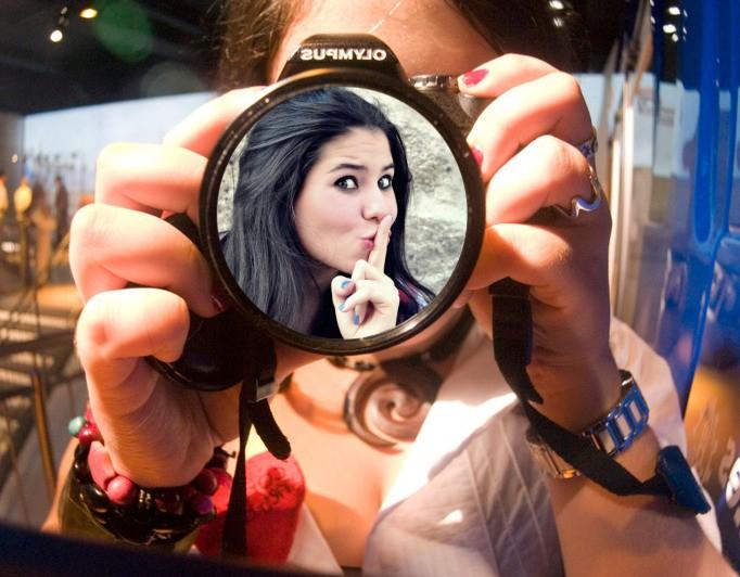 fotomontagem-com-camera-fotografica