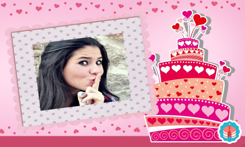montagem-de-fotos-com-bolo-de-aniversario-rosa